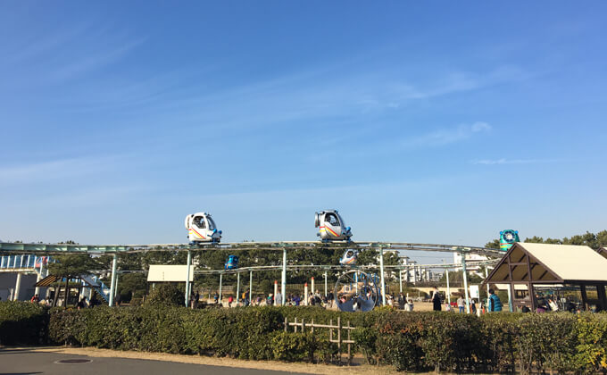 辻堂海浜公園の敷地内にある交通公園の施設スカイサイクル02