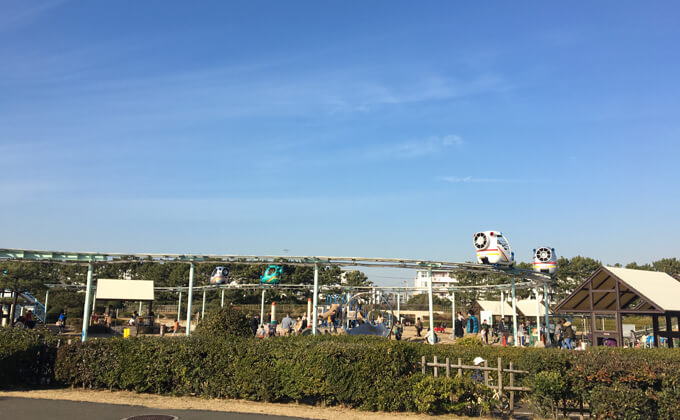 辻堂海浜公園の敷地内にある交通公園の施設スカイサイクル03