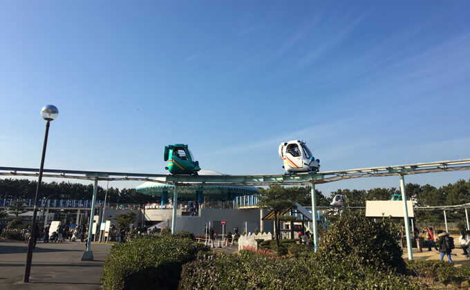 辻堂海浜公園の敷地内にある交通公園の施設スカイサイクル04