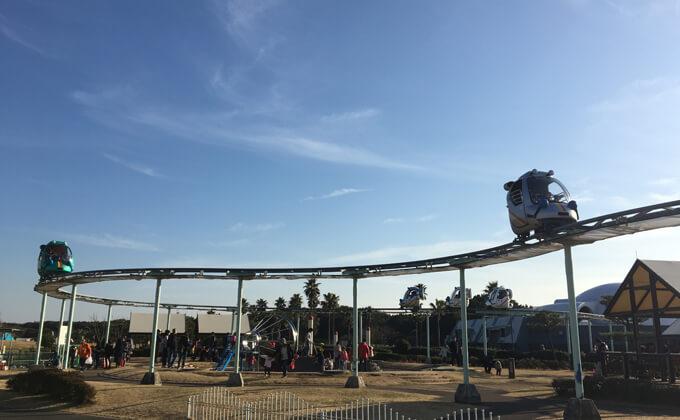 辻堂海浜公園の敷地内にある交通公園の施設スカイサイクル16