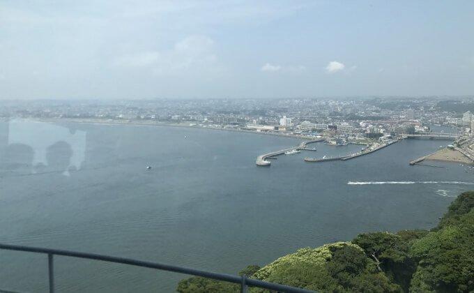 江の島 シーキャンドル 展望台からの景色 天気が良ければ富士山が見える