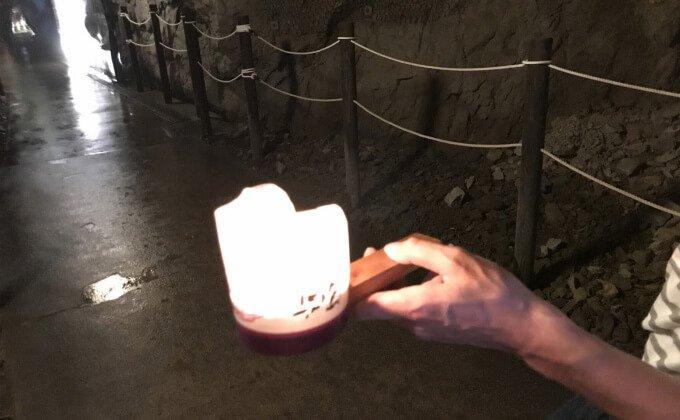 江の島岩屋 ロウソクのついた行灯