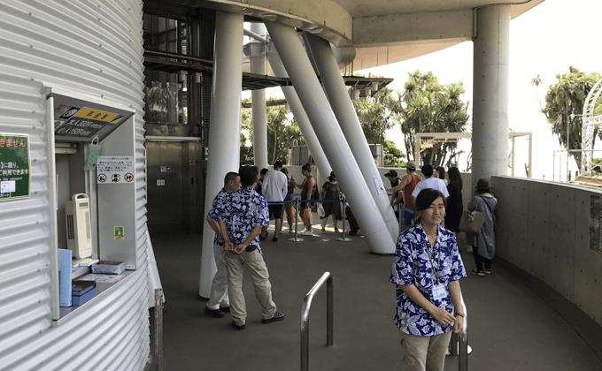 江の島シーキャンドル エレベーターに向かう通路