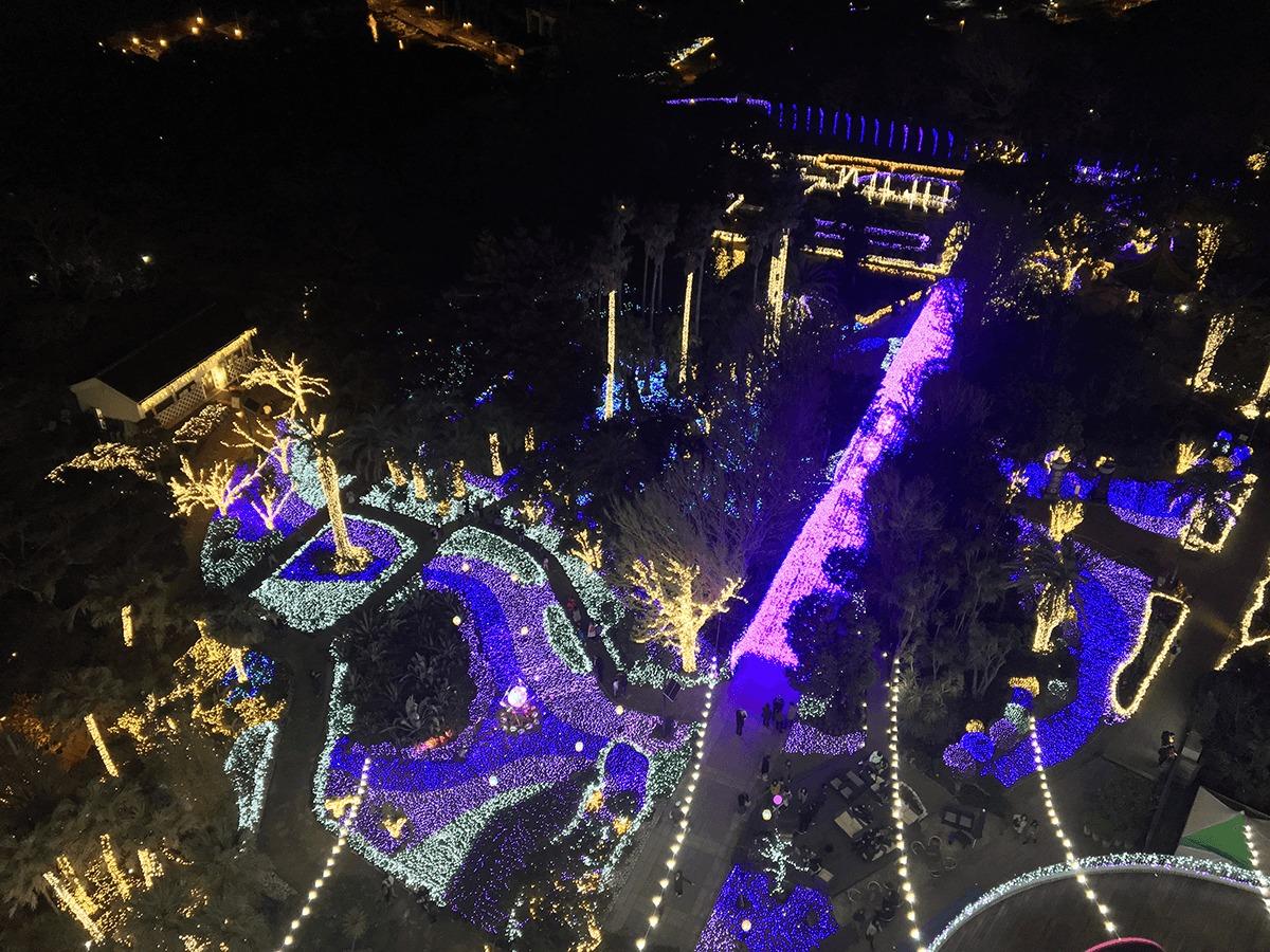 江の島シーキャンドルの展望台からの夜景